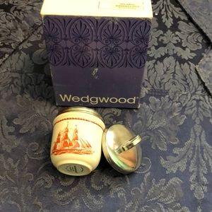Vintage Wedgewood egg coddler single size